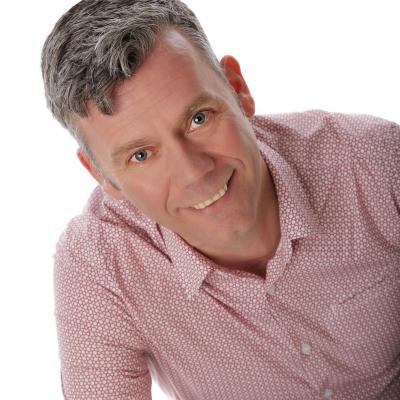 Simon Briggs