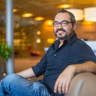Douglas Mendizábal